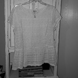 LC Lace Ivory Top